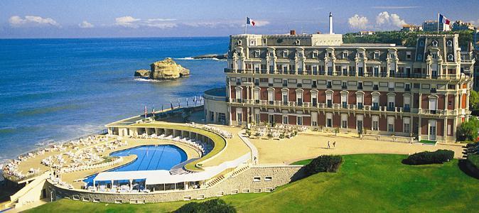a-biarritz-locean-a-son-palais